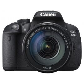 Aparat foto Canon EOS 700D + Obiectiv EF-S 18-135mm IS STM
